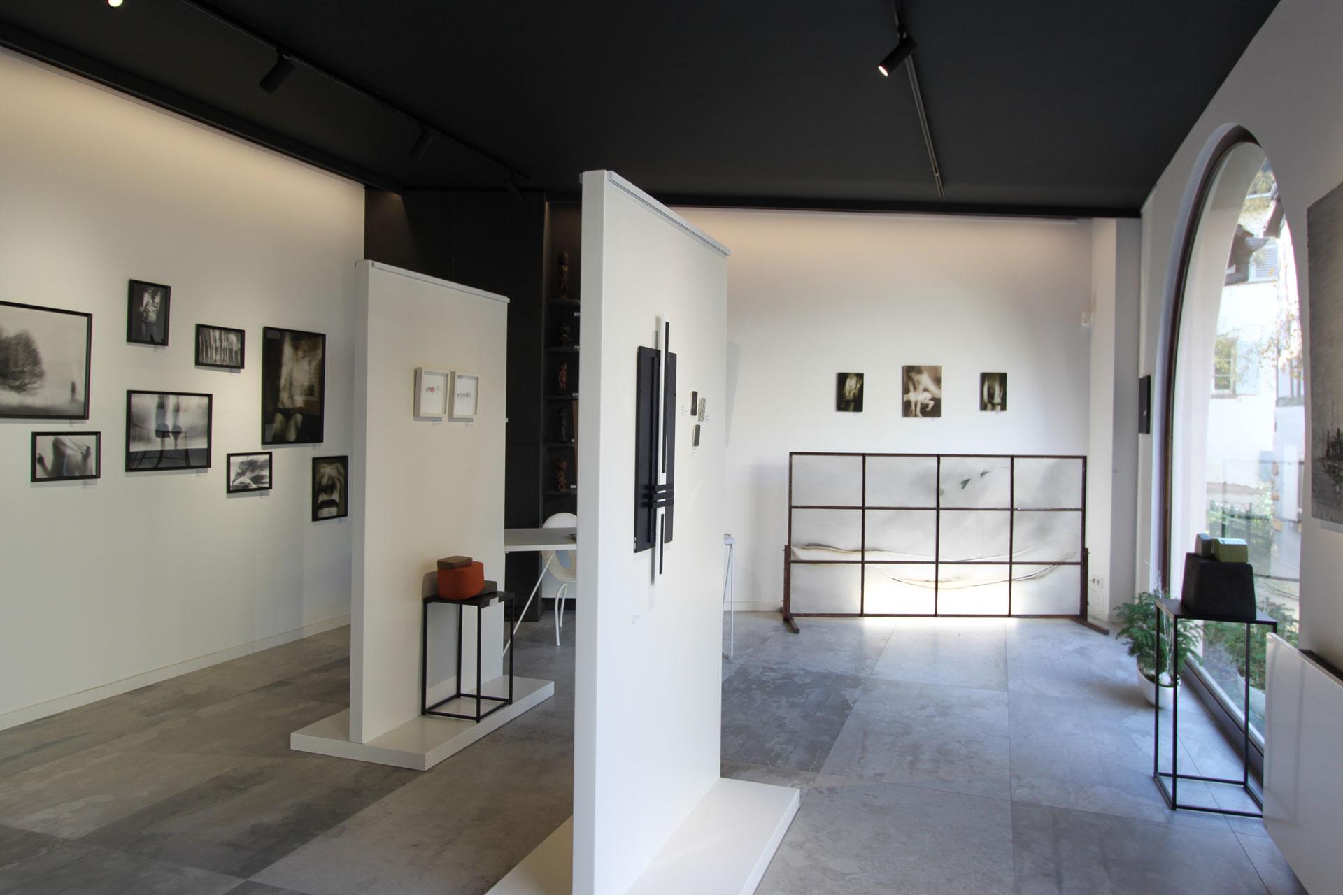 Exposition fragments d'un discours féminin Galerie Murmure Colmar